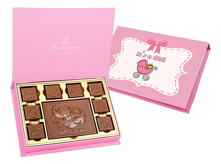 Gracious It's A Girl, 8 Pcs + Bar In Customized Belgian Chocolate