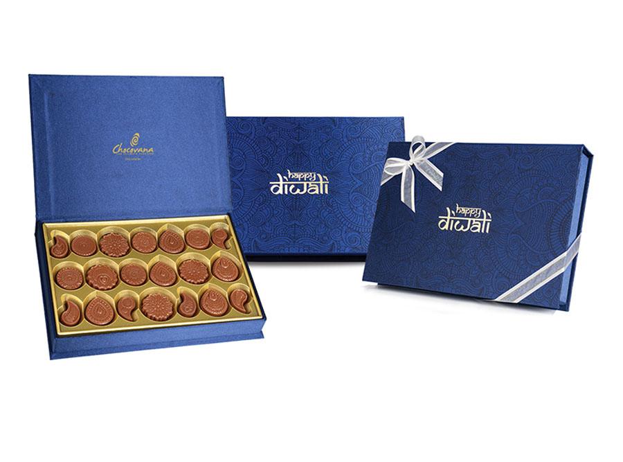 Bella Diwali, 20 Pcs Customized Belgian Chocolate
